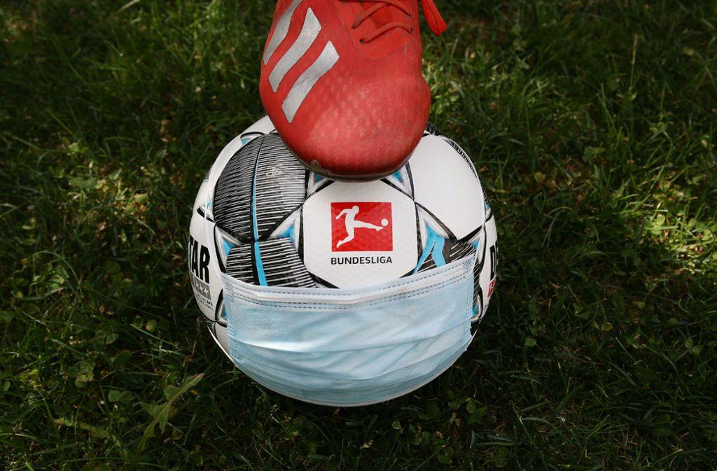 In der Bundesliga könnte schon bald wieder der Ball rollen. Foto: Pressefoto Baumann/Hansjürgen Britsch