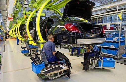 Daimler fährt mit Vollgas aus dem Ertragstal
