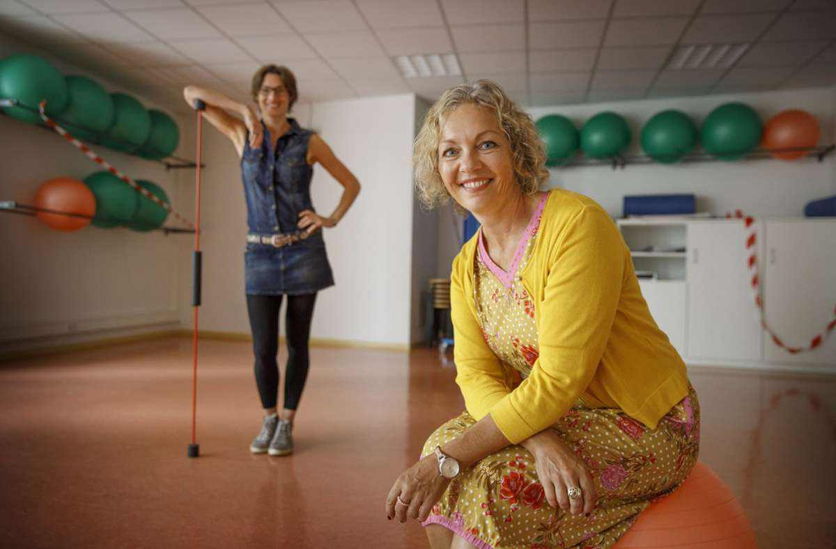 Sabine Netzer (vorne) und Andrea Hasselhoff kümmern sich um die Themen Gesundheit und Bewegung. Sabine Netzer (vorne) und Andrea Hasselhoff kümmern sich um die Themen Gesundheit und Bewegung. Foto: Gottfried Stoppel
