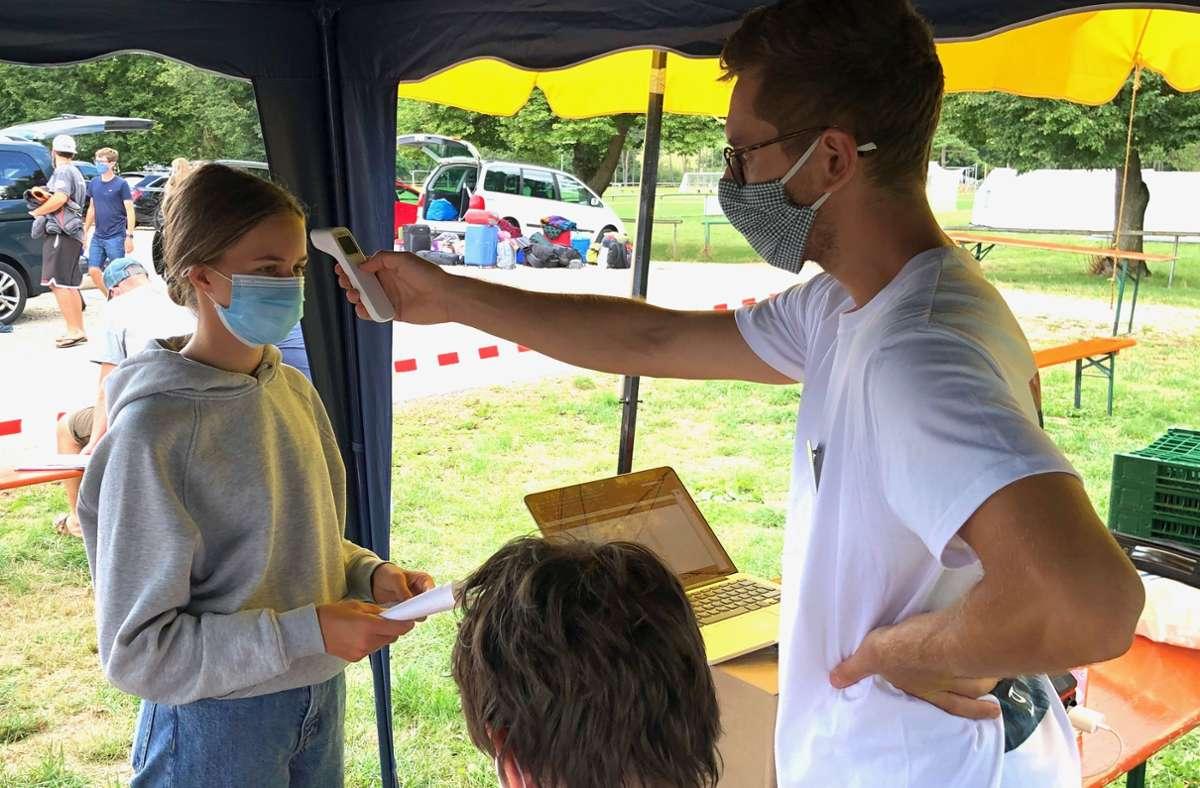 Fiebermessen gehörte zum Konzept genauso wie Tests bei Ankunft der Teilnehmer. Foto: EC-Kreisverband Stuttgart