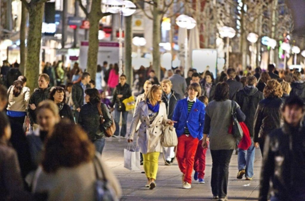 Für die klassischen Einzelhändler in der Innenstadt könnte es demnächst schwer werden. Foto: Michael Steinert