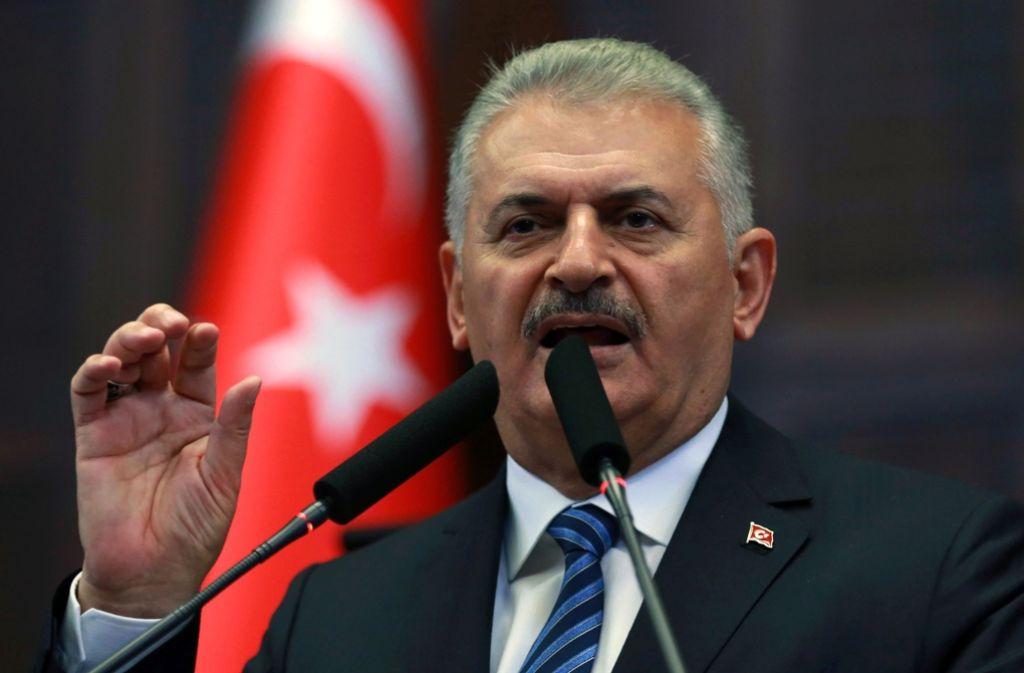 Türkei: Ministerpräsident Binali Yildirim gibt Zahlen zu suspendierten Staatsbediensteten bekannt Foto: AFP