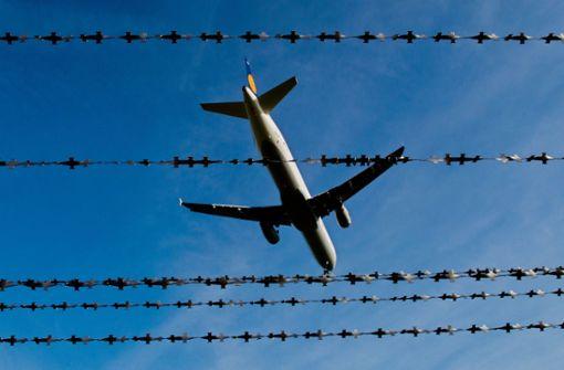 98 gefährliche Ausländer abgeschoben