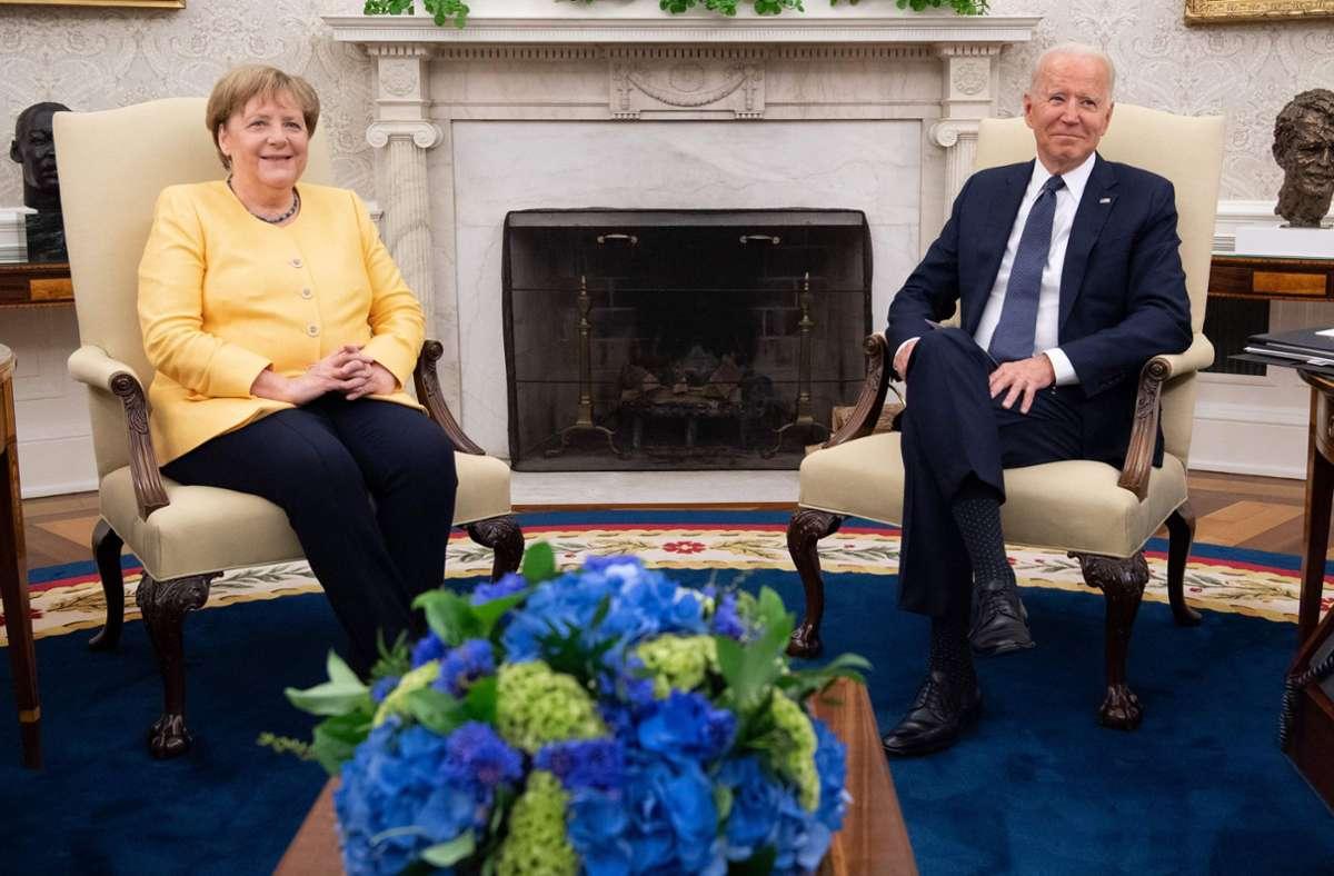 Nach einem gemeinsamen Gespräch im Oval Office trafen sich Kanzlerin Angela Merkel und US-Präsident Joe Biden am Donnerstag  zu einem  Abendessen im Weißen Haus. Foto: AFP/SAUL LOEB