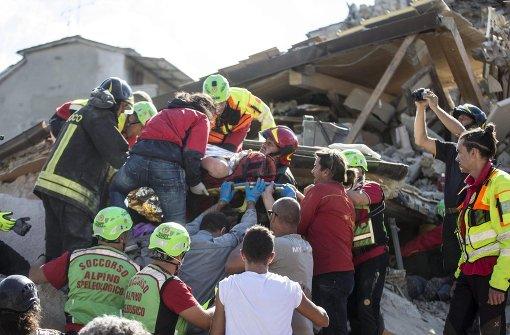 Mindestens 73 Tote bei Erdbeben in Italien