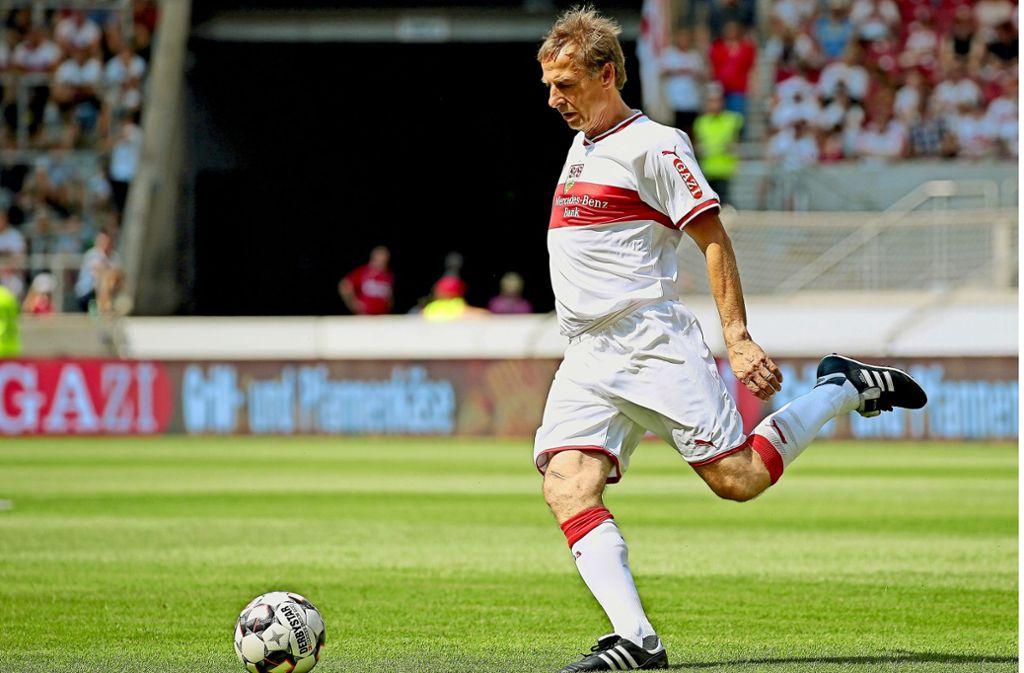 """Jürgen Klinsmann war zuletzt beim """"Tag des Brustrings"""" Anfang August beim VfB Stuttgart. Foto: Baumann"""