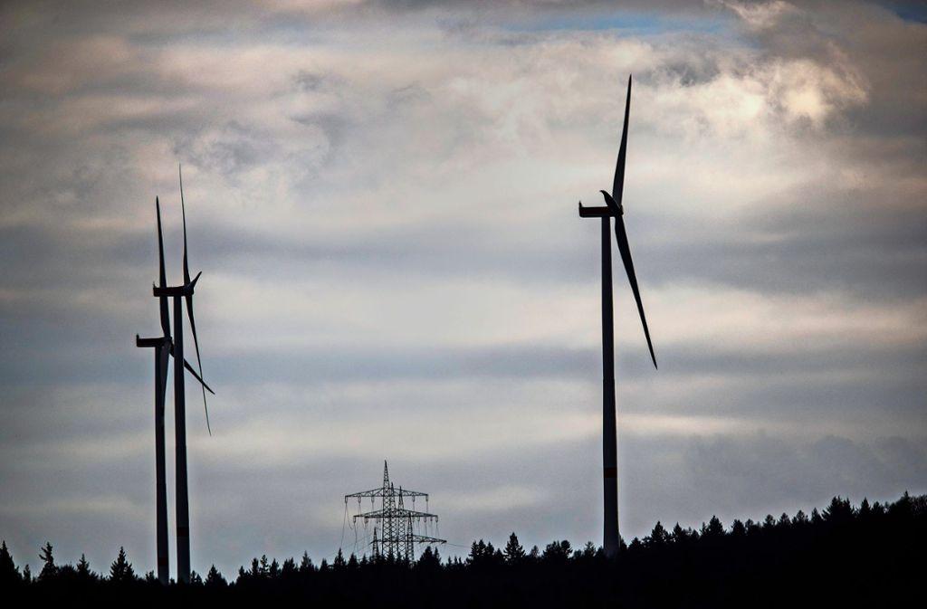 Eines der drei Windräder auf dem Goldboden bei Winterbach. Foto: Gottfried Stoppel