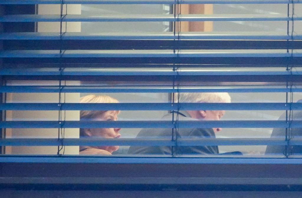 Am Mittwoch hatte Angela Merkel ein Heimspiel in der CDU-Parteizentrale, an diesem Donnerstag trifft man sich bei den Sozialdemokraten. Foto: dpa