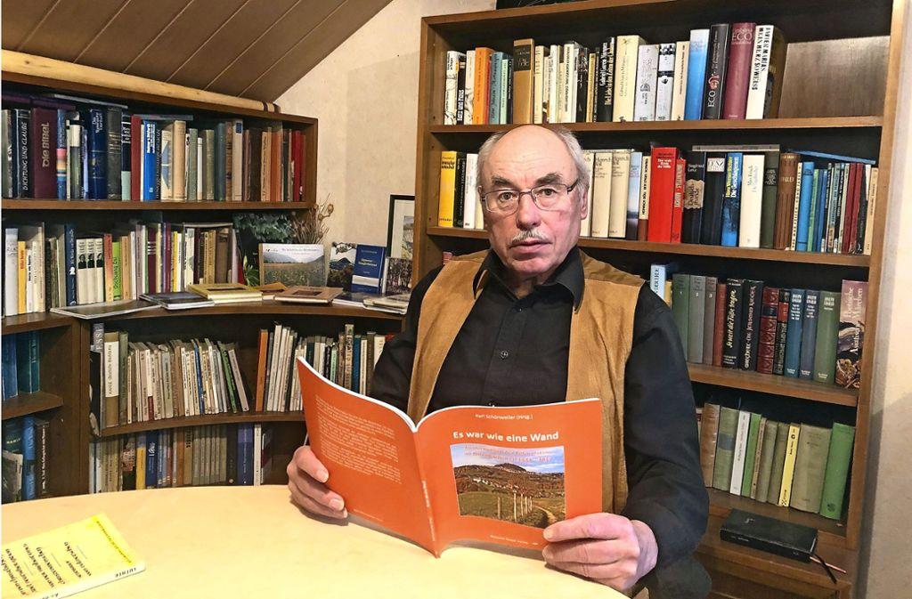 Karl Schönweiler hat die   Ottenbacher Ortsgeschichte erforscht. Foto: Braitinger