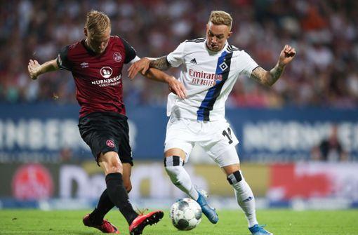 HSV gewinnt dank Neuzugängen Traditionsduell