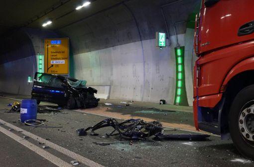 Einhorntunnel nach schwerem Unfall gesperrt – mehrere Verletzte