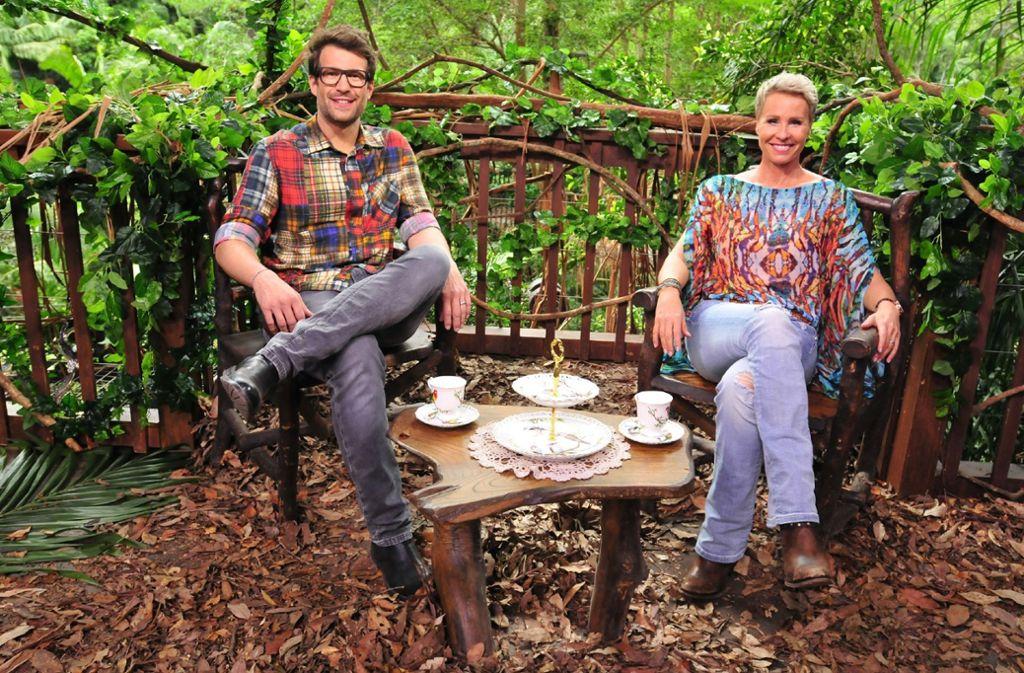 """Daniel Hartwich und Sonja Zietlow moderieren """"Ich bin ein Star, holt mich hier raus!"""" – umgangssprachlich auch das """"Dschungelcamp"""" genannt. Foto: MG RTL D / Stefan Menne"""