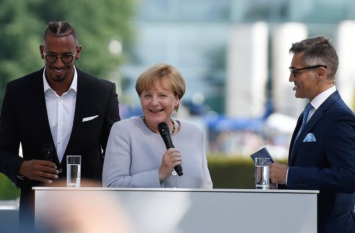 Boateng interviewt Merkel
