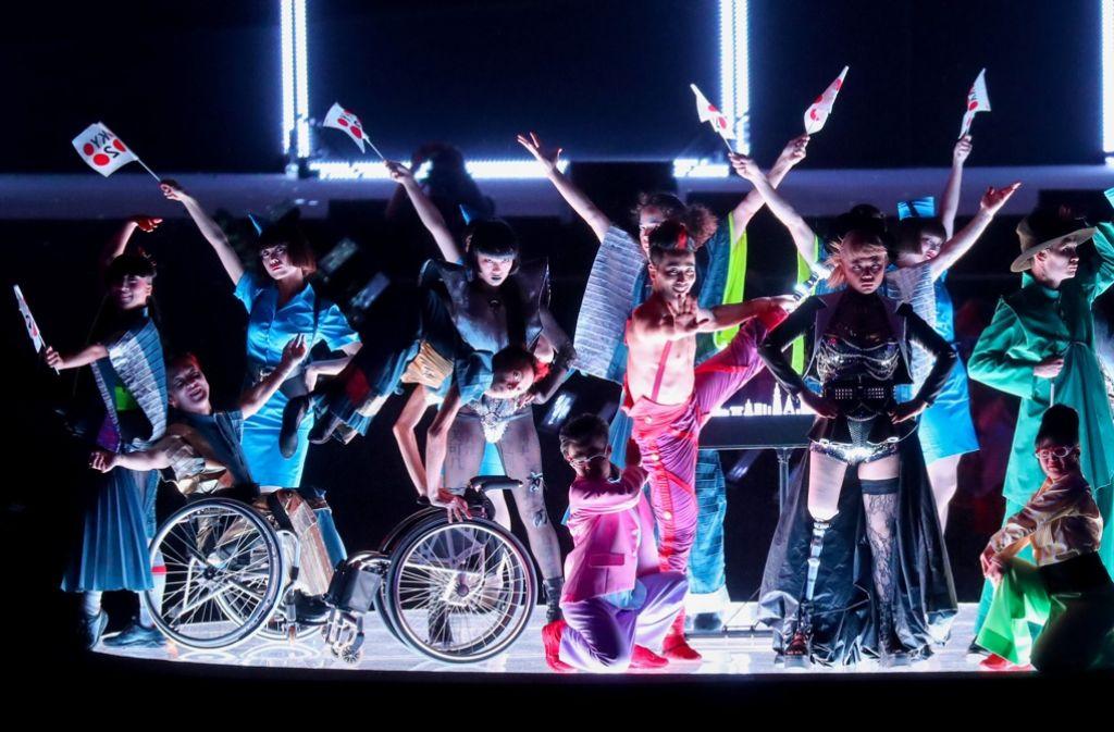 Die Feier zum Abschied der Paralympics war ausgelassen und bunt. Foto: dpa