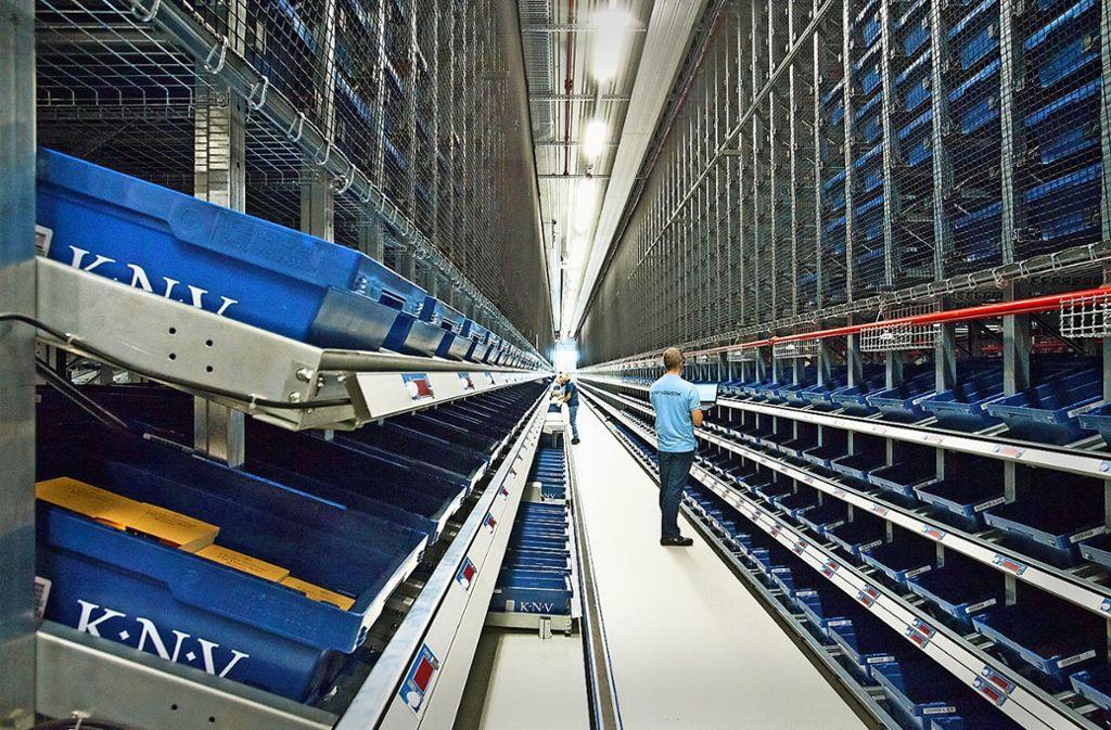 Das Logistiklager von KNV in Foto: KNV