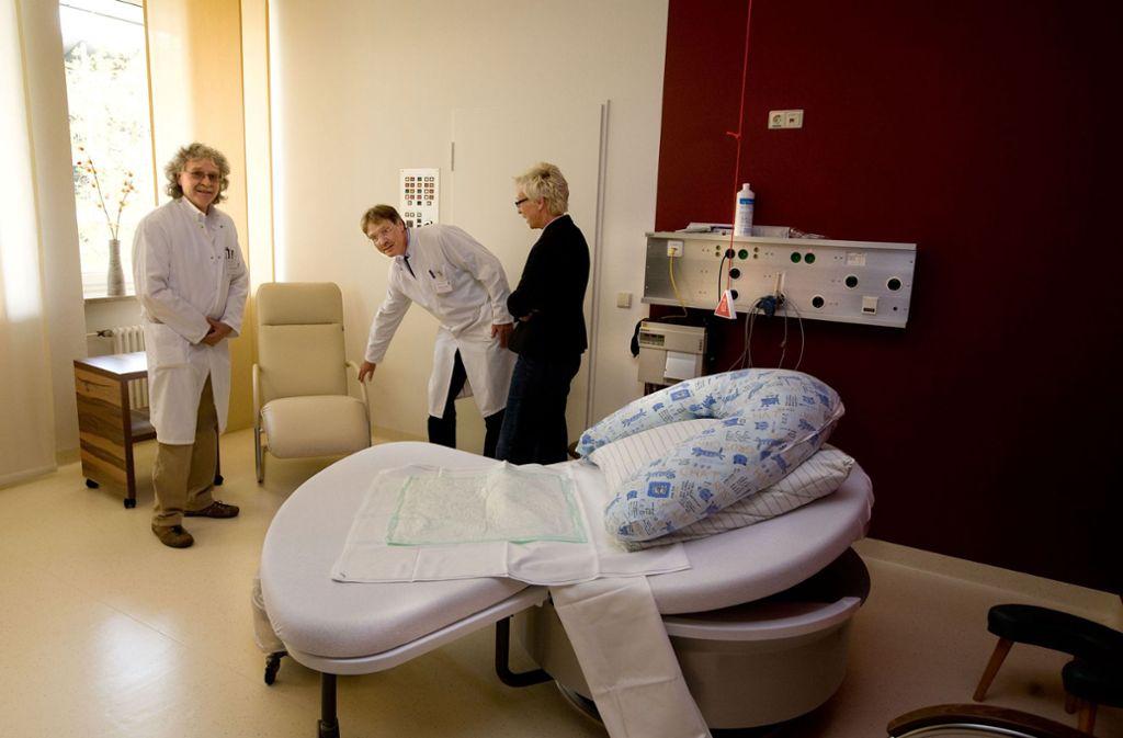 Väter kommen nur noch zur unmittelbaren Geburt in den Kreißsaal. Foto: Horst Rudel