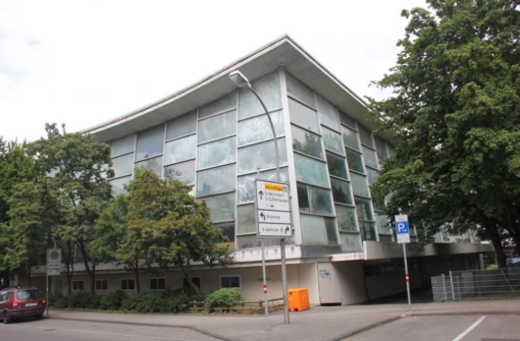 Das Hallenbad Feuerbach steht unter Denkmalschutz. Foto: Torsten Ströbele