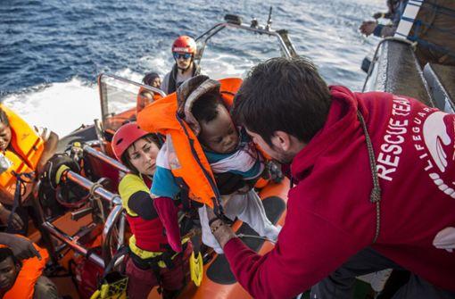 Mehr als 300 Migranten im Mittelmeer gerettet