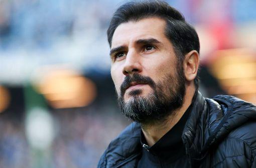 Fußball-Zweitligist  beurlaubt Trainer Cristian  Fiel
