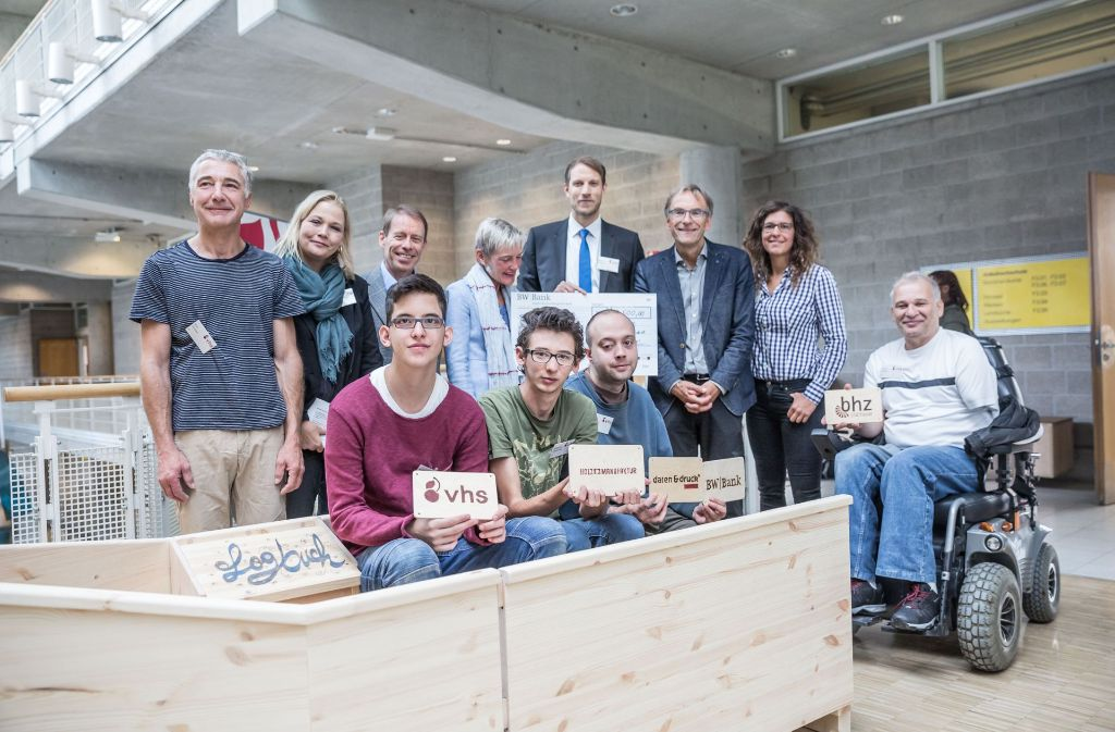 Ein echtes Gemeinschaftsprojekt: die Holzarche der Volkshochschule. Foto: Lichtgut/Julian Rettig