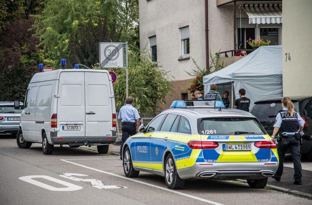 Gerade wertet die Polizei die Spuren aus, die sie in den letzten vier Tagen gesichert hat. Foto: SDMG
