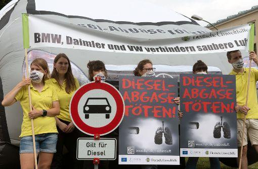 Dobrindt optimistisch für Vermeiden von Diesel-Fahrverboten