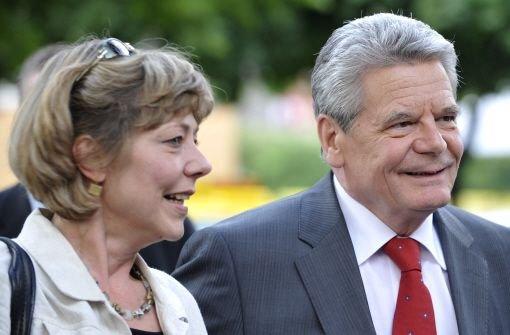 Heiße Debatte um Gaucks wilde Ehe
