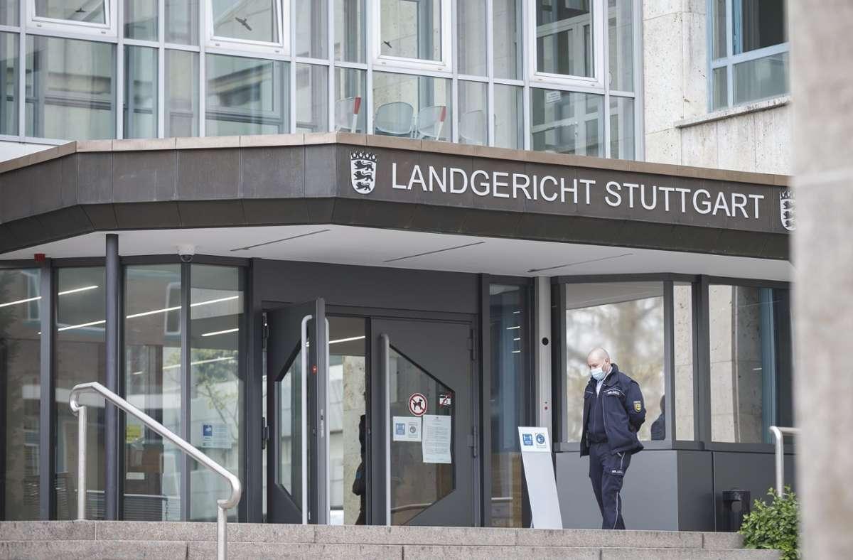 Ein Bauernpaar steht in Stuttgart vor Gericht. Foto: Julian Rettig/Julian Rettig