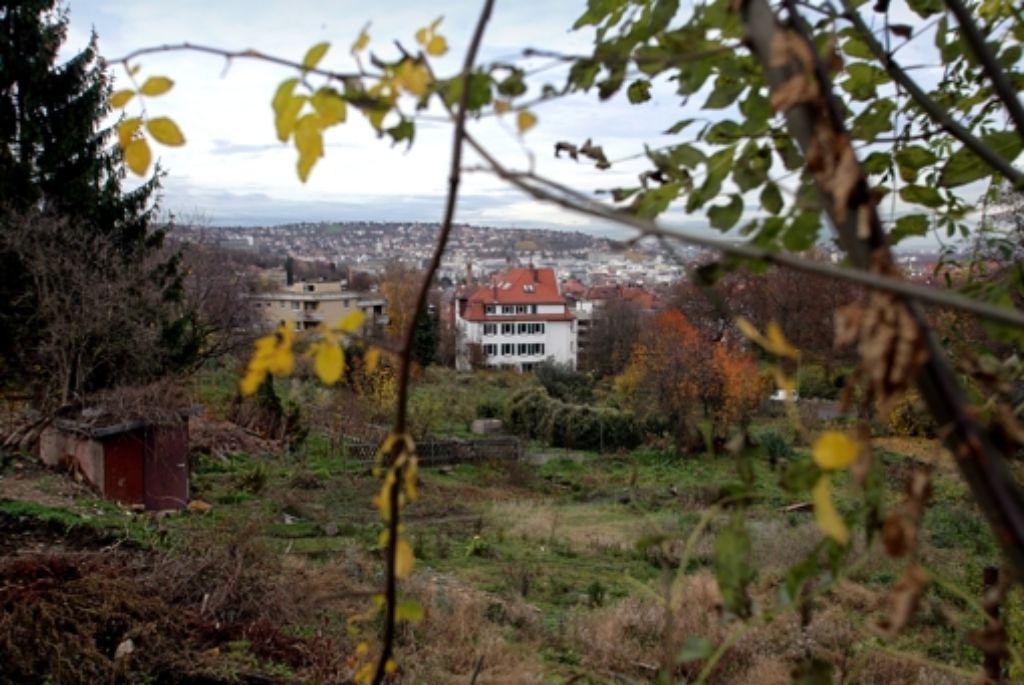 Stuttgarts Halbhöhen sind begehrte Wohnlagen. Doch nicht überall darf gebaut werden. Das hat nun das Verwaltungsgericht bestätigt. Foto: Zweygarth