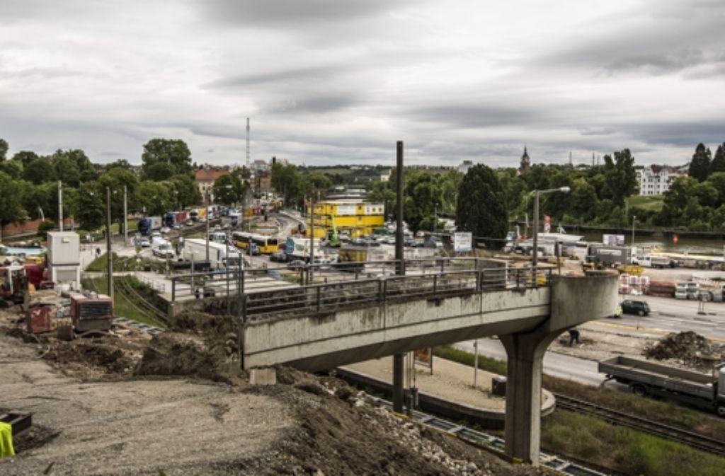 Wegen der Bauarbeiten für den Rosensteintunnel sind einige Straße gesperrt. Foto: Lichtgut/Leif Piechowski