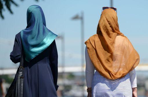 Warum eine junge Türkin ihr Kopftuch ablegt
