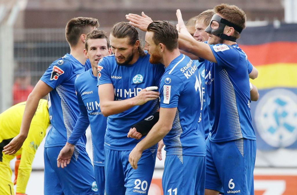 Die Stuttgarter Kickers konnten auch gegen den SSV Reutlingen wieder jubeln. Foto: Pressefoto Baumann