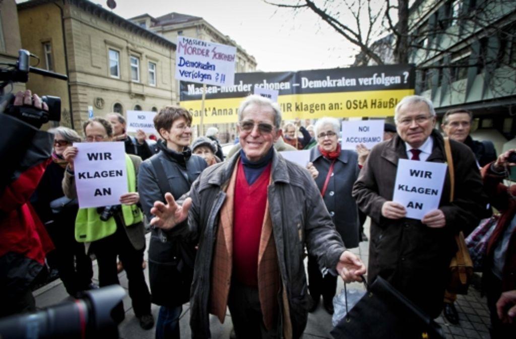 Seine Anwältin hat die neue Ermittlungen erstritten: der Überlebende Enrico Pieri Foto: Peter Petsch