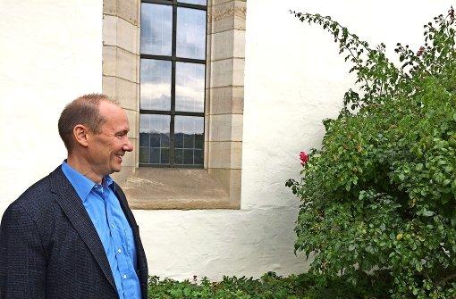 Der neue Pfarrer  lebt aus dem Umzugskarton