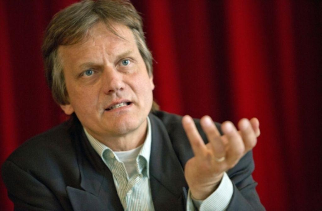 Der parteiunabhängige Kandidat Jens Loewe gibt sich selbstbewusst. Foto: Steinert