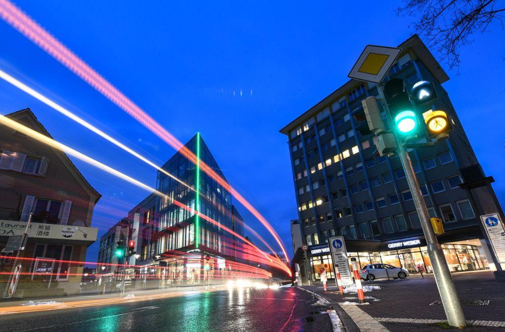 Durch die Innenstadt von Friedrichshafen sollen schon bald autonome Fahrzeuge steuern. Foto: dpa