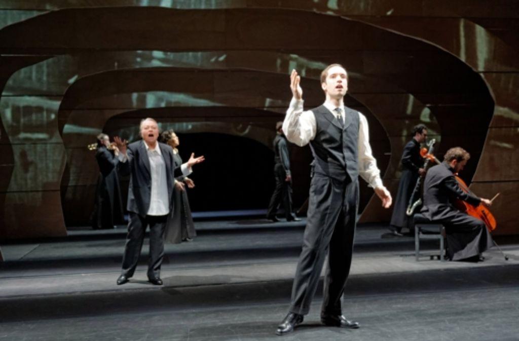 """Ulrich Rasche inszeniert im Kammertheater seine Version der """"Apokalypse"""". Foto: Staatstheater/Matthias Dreher"""
