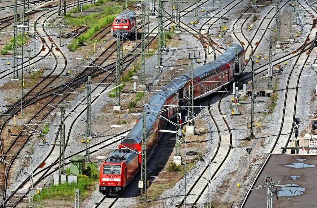 Wenn es nach der Stuttgarter Netz AG geht, fahren weiter Züge in den Kopfbahnhof. Foto: dpa