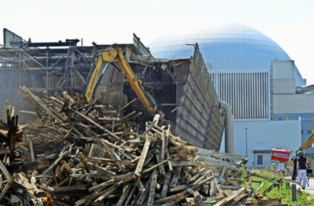 Ein Großteil des Schutts vom still gelegten Block I des Kernkraftwerks Neckarwestheim  muss im Kreis Ludwigsburg gelagert werden. Foto: dpa