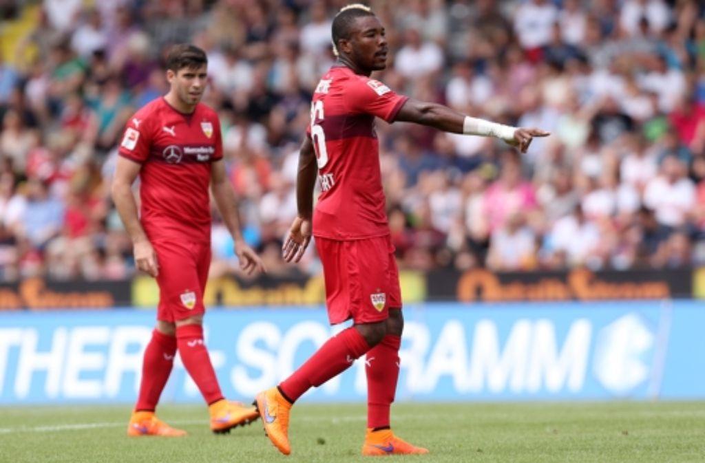 Furchtlose Führungsfigur: Serey Dié (rechts) hat sich beim VfB innerhalb von sechs Monaten zu einem der wichtigsten Spieler entwickelt. Foto: Pressefoto Baumann
