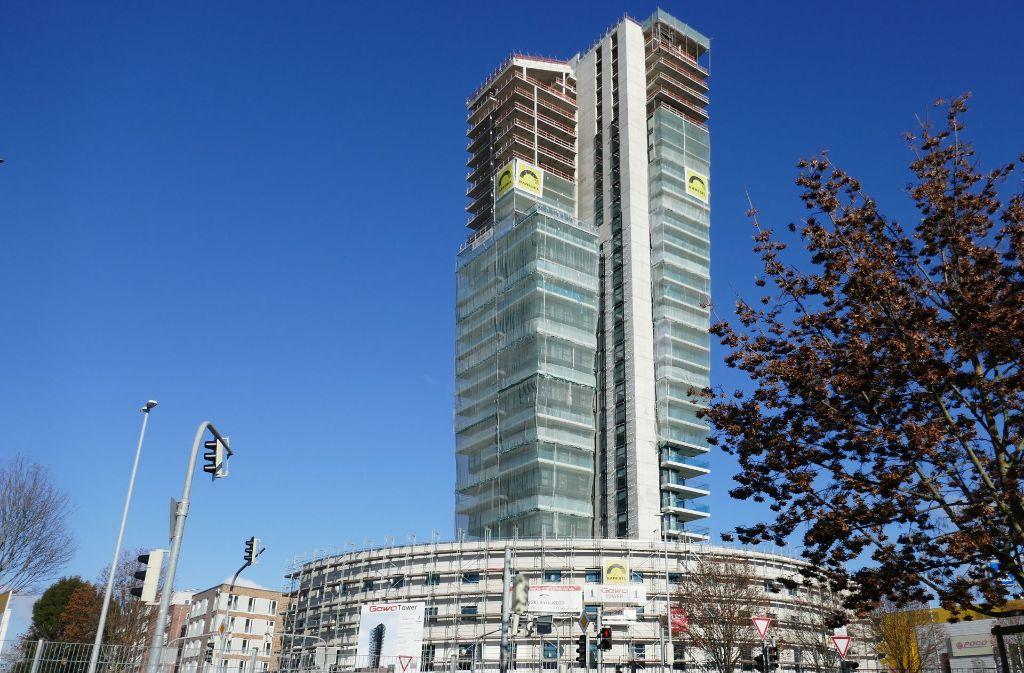 Der Gewa-Tower löst auch nach der Insolvenz kontroverse Debatten aus. Foto: Patricia Sigerist