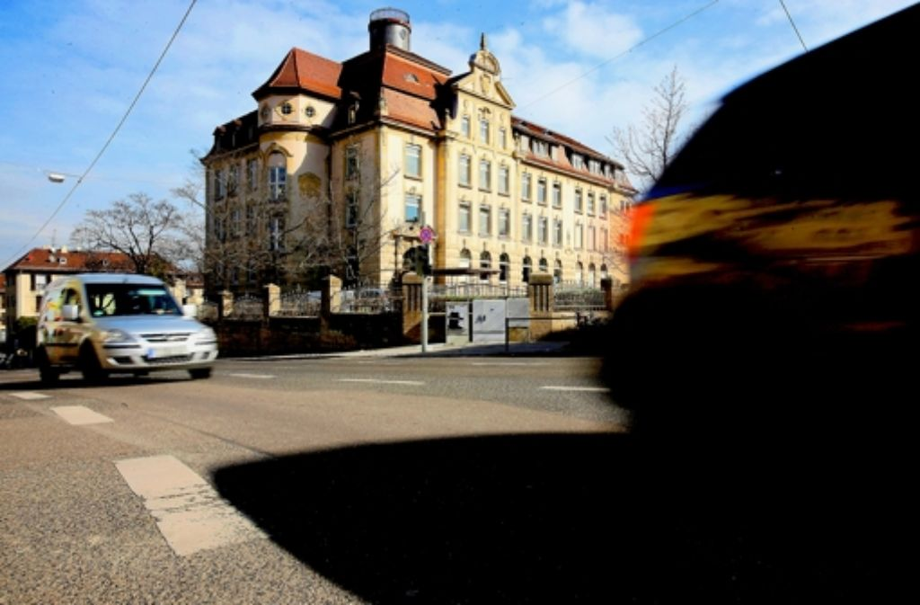 Noch gibt es keine einheitliche Regelung in Stuttgart, wo es Tempo 30-Zonen gibt. Foto: Achim Zweygarth