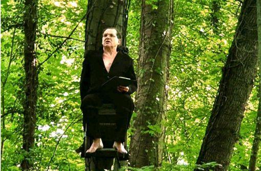 Der Dichter in den Bäumen