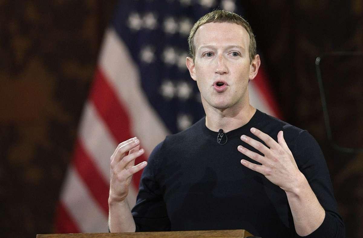Mark Zuckerberg begründet die Sperrung von Trumps Konto bei Facebook. Foto: dpa/Nick Wass