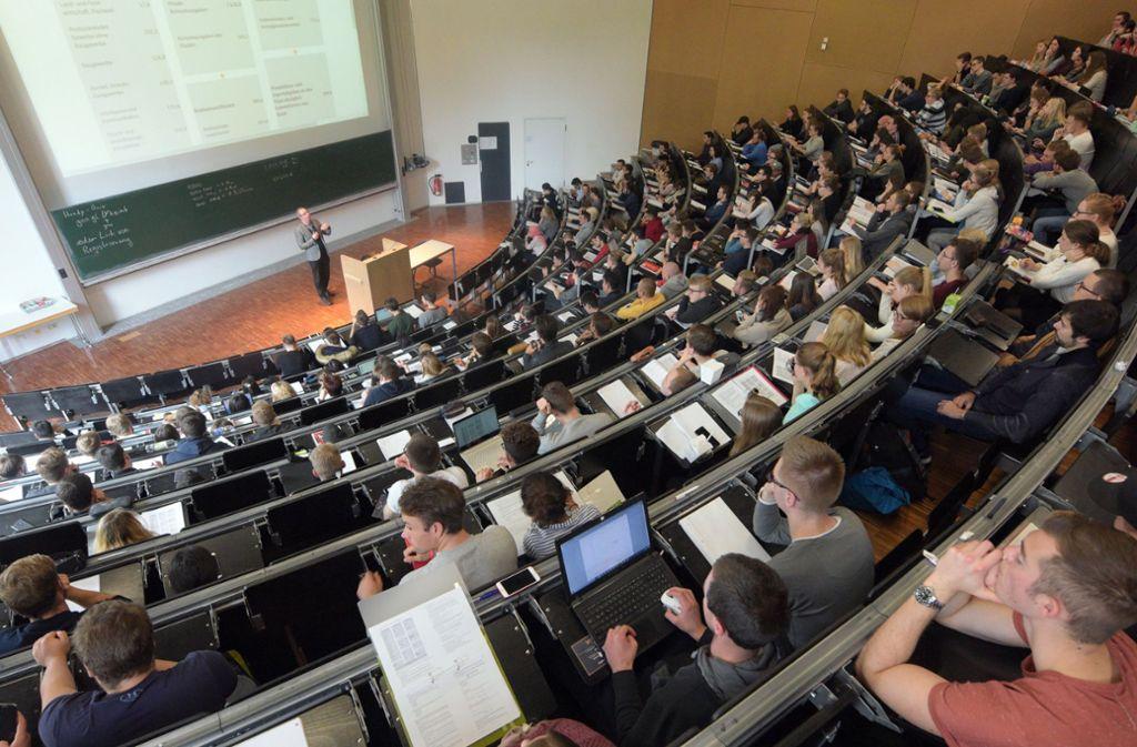 Vor den Prüfungen wird es oftmals stressig. (Symbolfoto) Foto: dpa