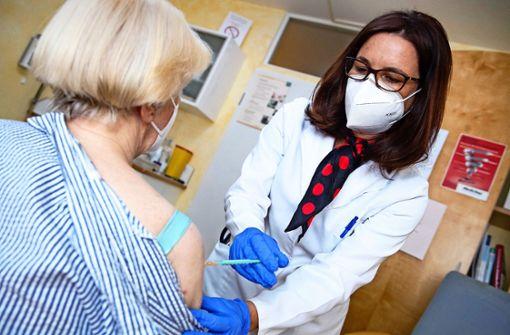Wie das Impfen bei den Hausärzten läuft