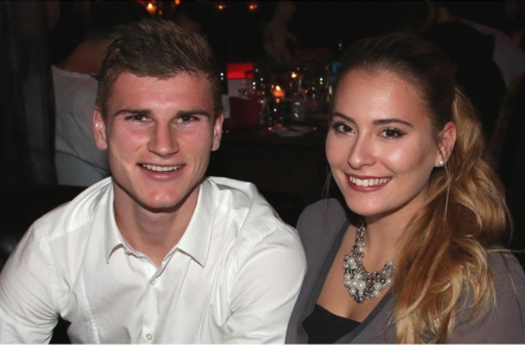VfB-Stürmer Timo Werner kam mit seiner Freundin Julia zur Jahresabschlussfeier ins Goldbergwerk nach Fellbach. Hier gibt es die Bilder der Feier. Foto: Pressefoto Baumann