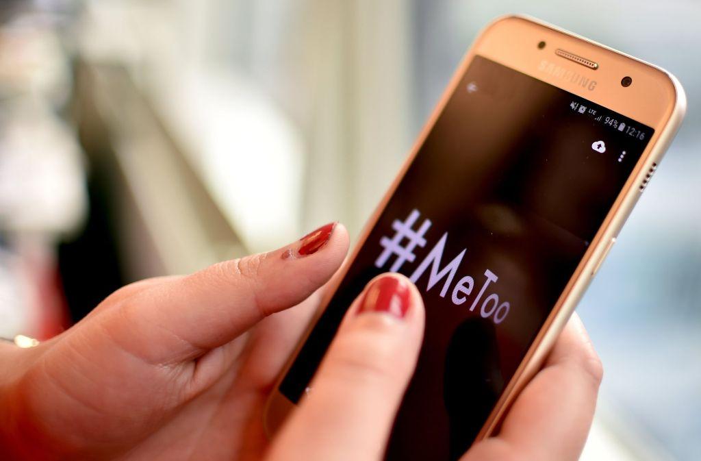 Unter #MeToo prangern Frauen sexuelle Belästigung im Netz an. Foto: dpa