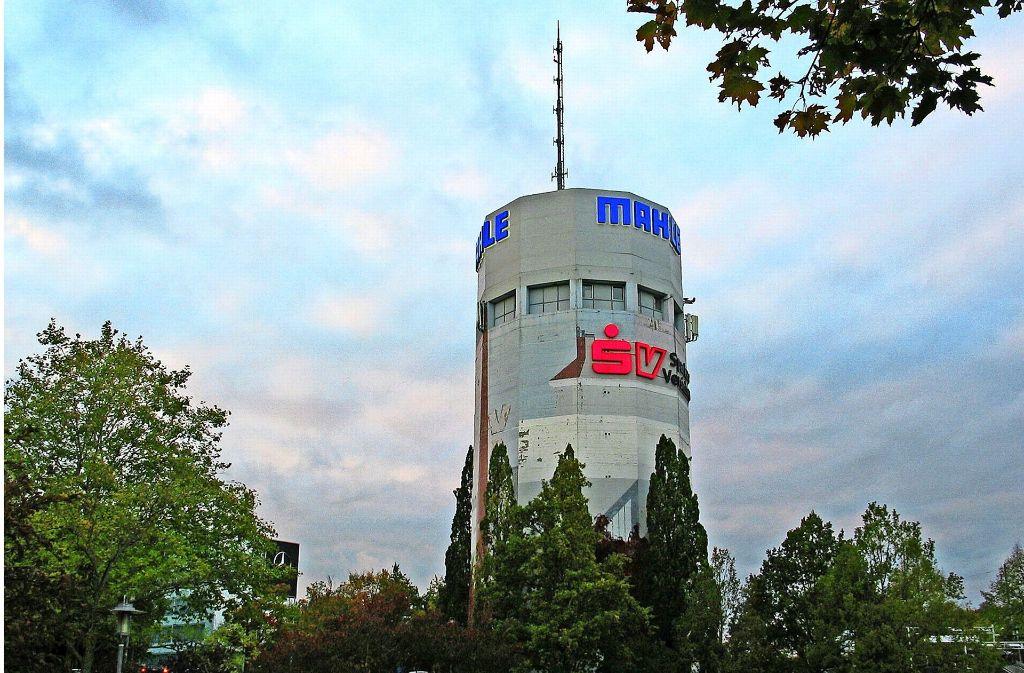 Der Hochbunker auf dem Pragsattel ist eines der markantesten Gebäude im Stuttgarter Norden. Gebaut wurde er in den Jahren  1941/42. Foto: Susanne Müller-Baji