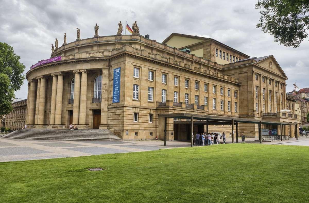 Bei den Bühnen in Deutschland wie dem Staatstheater Stuttgart sind viele Fragen offen. Foto: imago images/Ivan Vdovin